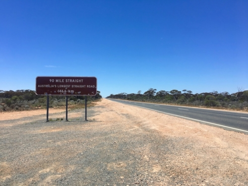 90 mile straight road. Travelling Family Australia
