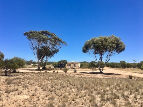 A free camping spot on the Nullarbor, near a Quarry.Travelling Family Australia