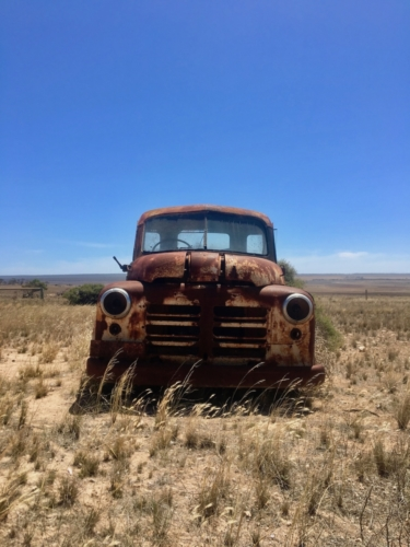 Old truck, on the way to Fowler's Bay.Travelling Family Australia